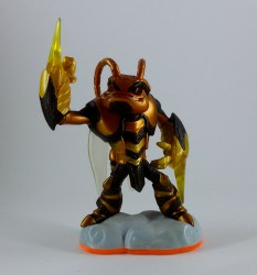 skylanders_giants_swarm_air
